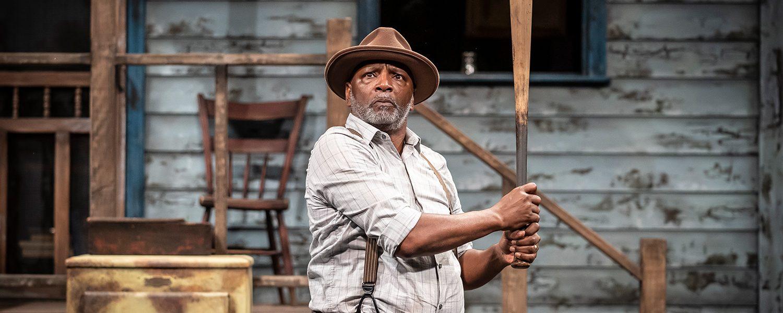 Theater review: Wilson's flawed hero keeps swinging in APT's 'Fences'